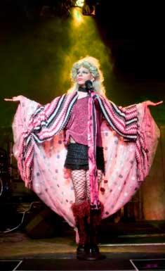 Hedwig---James-May2-m